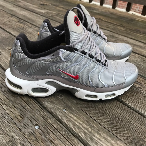 nike air max plus tuned 1